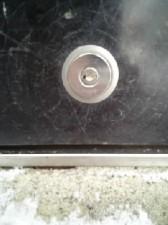 シャッターの鍵穴